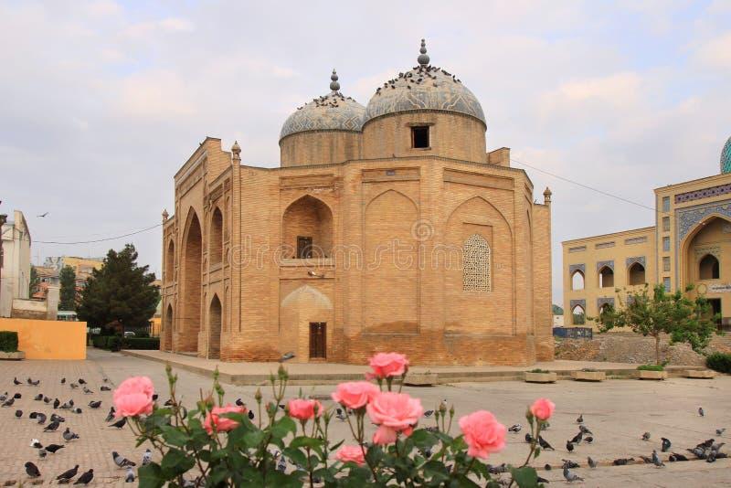 Mausoleet av Sheikh Massal annons-buller i den Khujand staden, Tadzjikistan fotografering för bildbyråer
