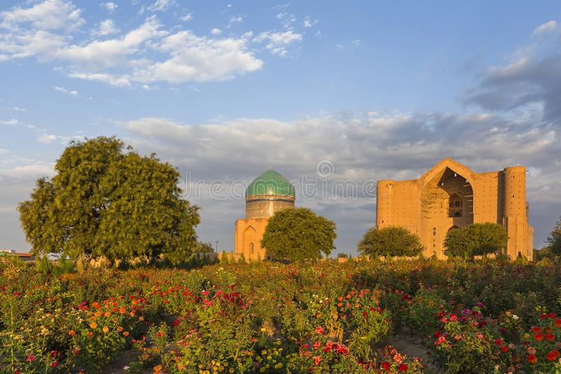 Mausoleo de Khoja Ahmed Yasawi, Turkestan, Kazajistán fotografía de archivo
