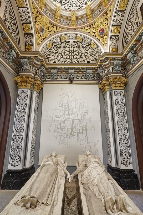 Mausoleo de los amantes de Teruel Herencia española Iglesia de San Pedro eur fotos de archivo libres de regalías