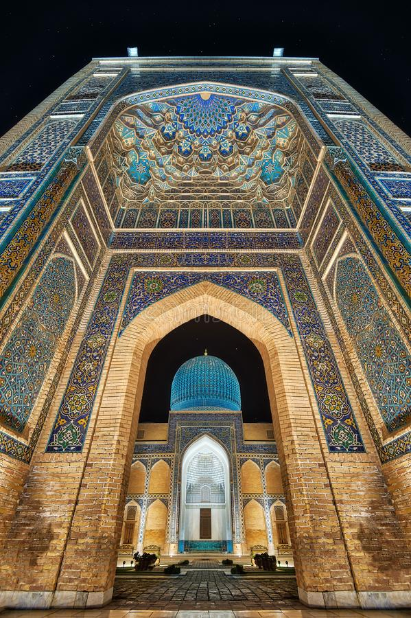 Mausoleo del Gur-e-Amir a Samarcanda centrale, l'Uzbekistan lungo fotografia stock