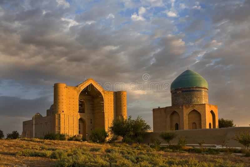 Mausoleo di Khoja Ahmed Yasawi, Turkestan, il Kazakistan fotografie stock