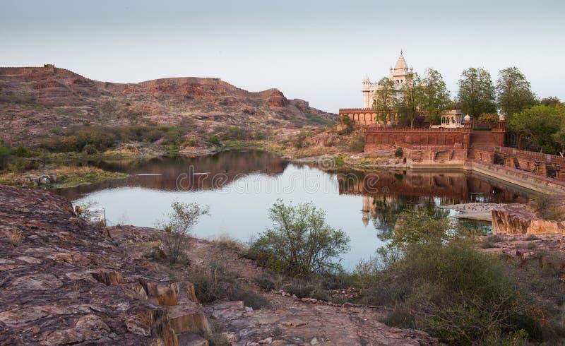 Mausoleo famoso de Jaswant Thada en la ciudad de Jodhpur, Rajasthán imagen de archivo libre de regalías