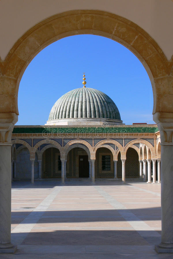 Mausoleum av Habib Bourgiba royaltyfria foton