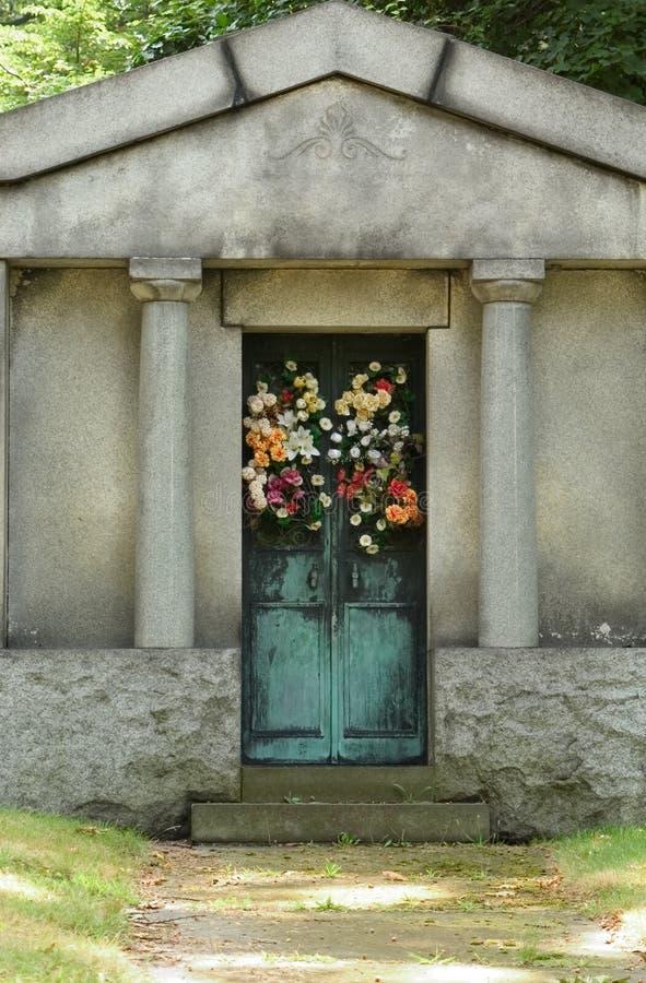 Download Mausoleum Memorial Royalty Free Stock Image - Image: 17666