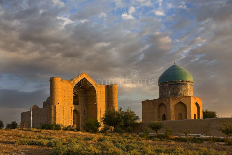 Mausoleum van Khoja Ahmed Yasawi, Turkestan, Kazachstan stock foto's