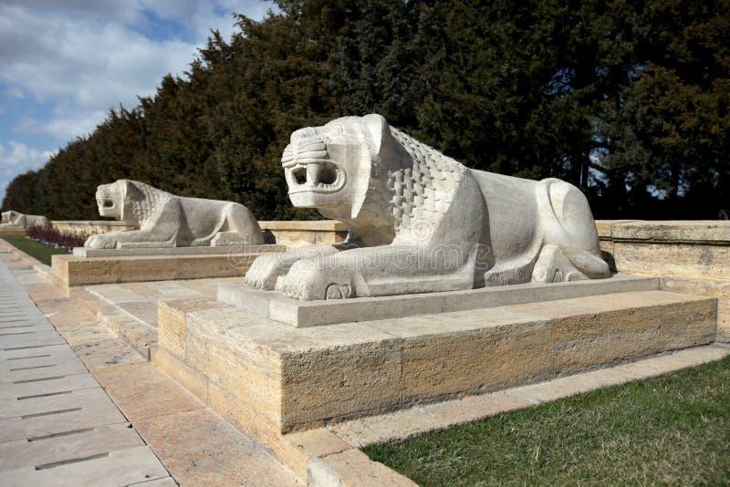 Löwen in Ankara, Mausoleum von Ataturk - Türkei lizenzfreies stockbild