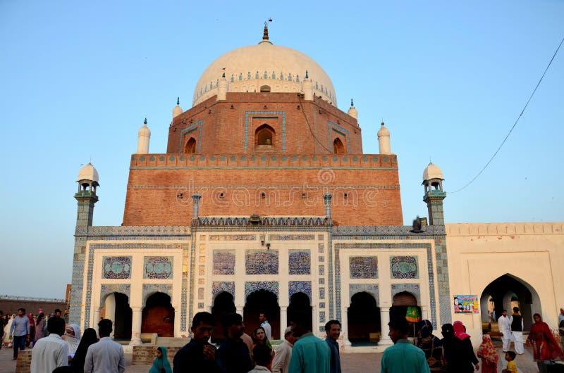 Mauzoleum świątyni grobowiec Sufi świątobliwy Sheikh Bahauddin Zakariya Multan Pakistan fotografia stock