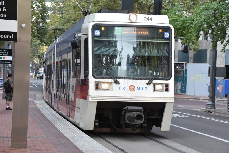 MAX Light Rail Streetcar in Portland, Oregon stock foto