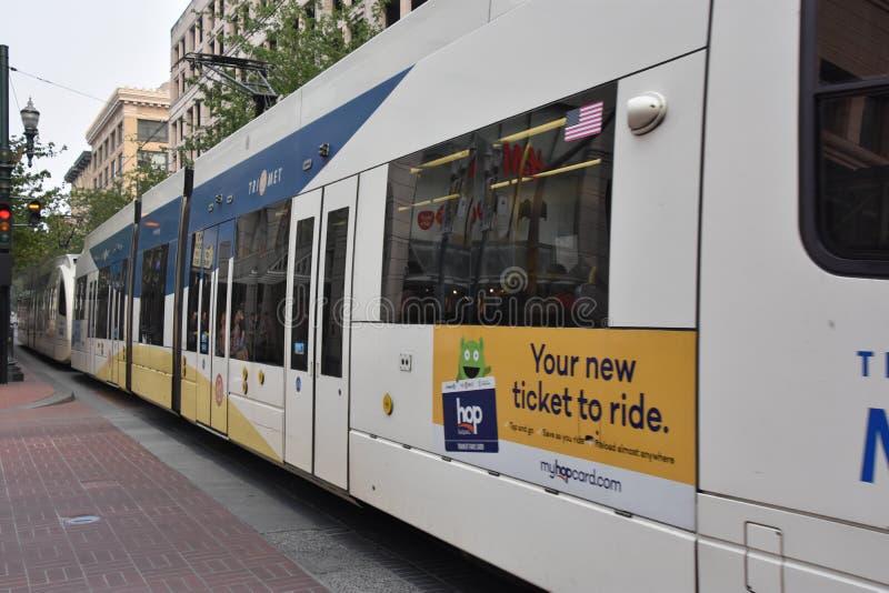 MAX Light Rail Streetcar in Portland, Oregon royalty-vrije stock afbeeldingen
