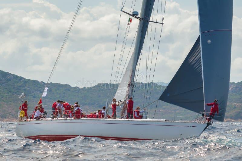 Maxi Yacht Rolex Cup-het ras van de zeilboot stock afbeelding