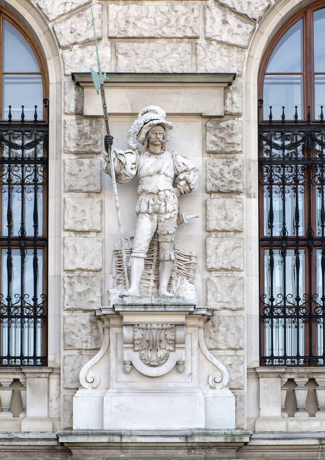 Maximilianischer legosoldat eller Maximilian Soldier vid Anton Schmid Gruber, den Neue småstaden eller New Castle, Wien, Österrik arkivbild