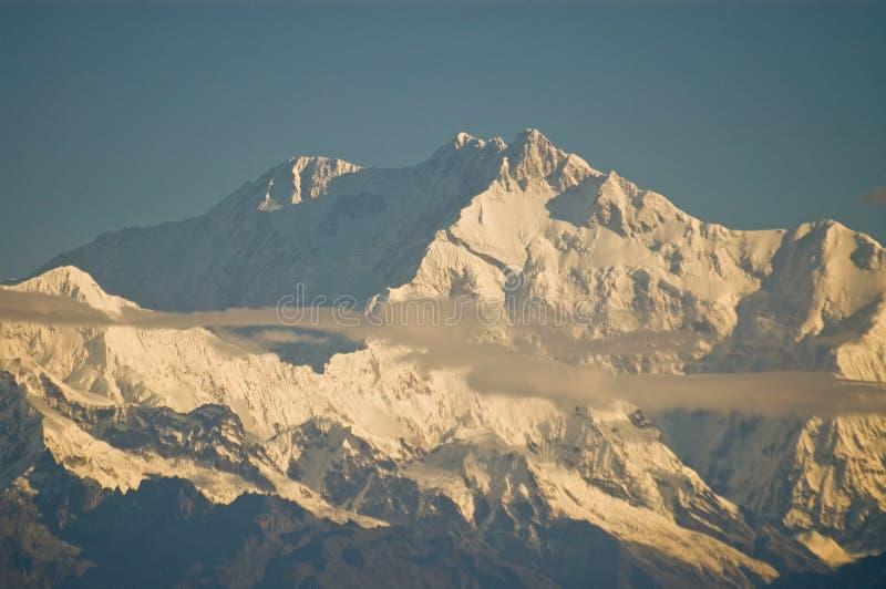 Maximum av det Kanchenjunga berget royaltyfri fotografi