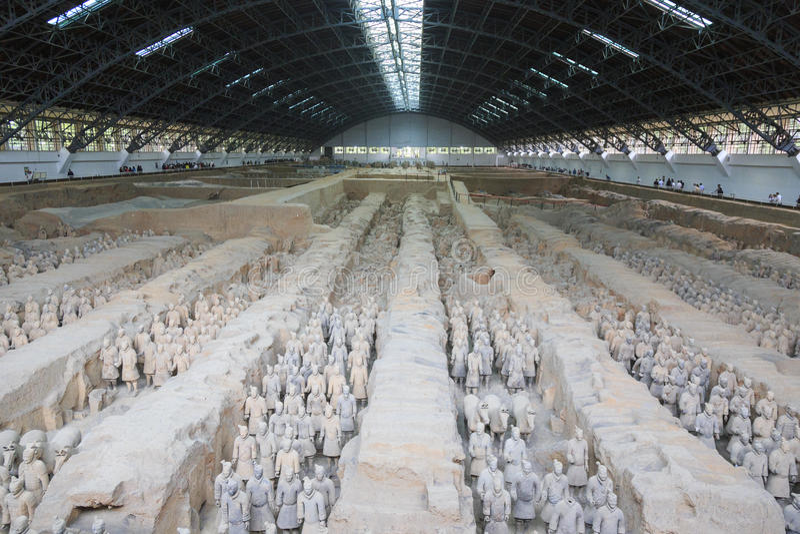 May-07-2017: De terrakottaarmén, krigarna och hästarna porslin xian arkivfoton