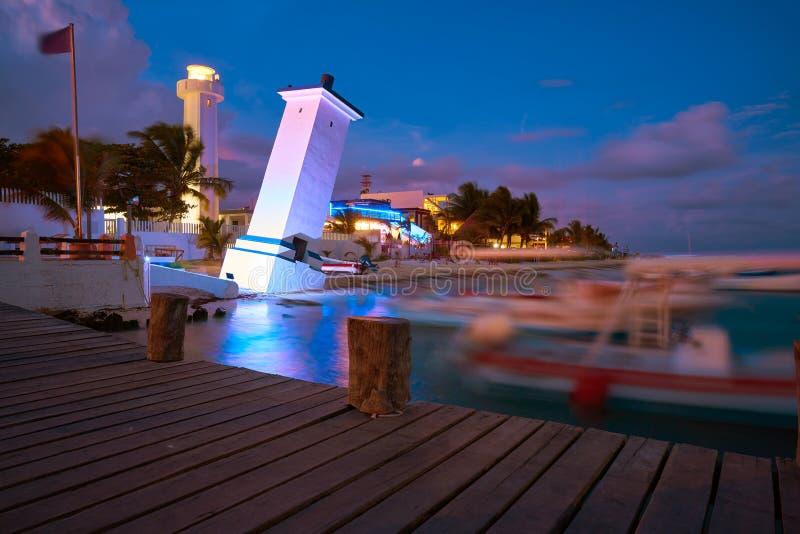 Maya de Riviera de la puesta del sol de la playa de Puerto Morelos imágenes de archivo libres de regalías