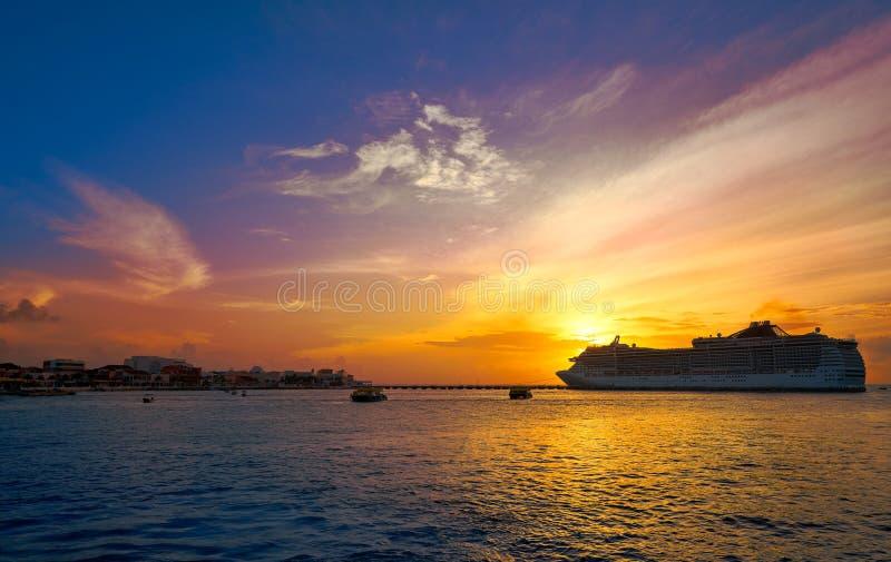 Maya de Riviera de la travesía de la puesta del sol de la isla de Cozumel fotos de archivo libres de regalías
