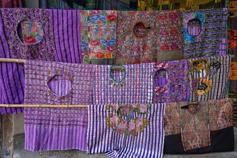 Maya ` huipil ` traditionele blouses royalty-vrije stock fotografie