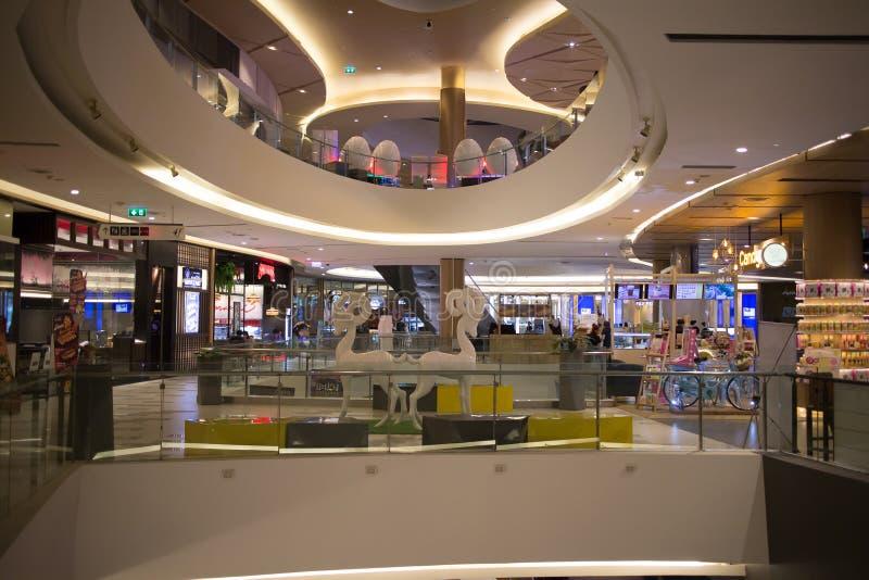 Maya Lifestyle Shopping Center interna fotografie stock libere da diritti