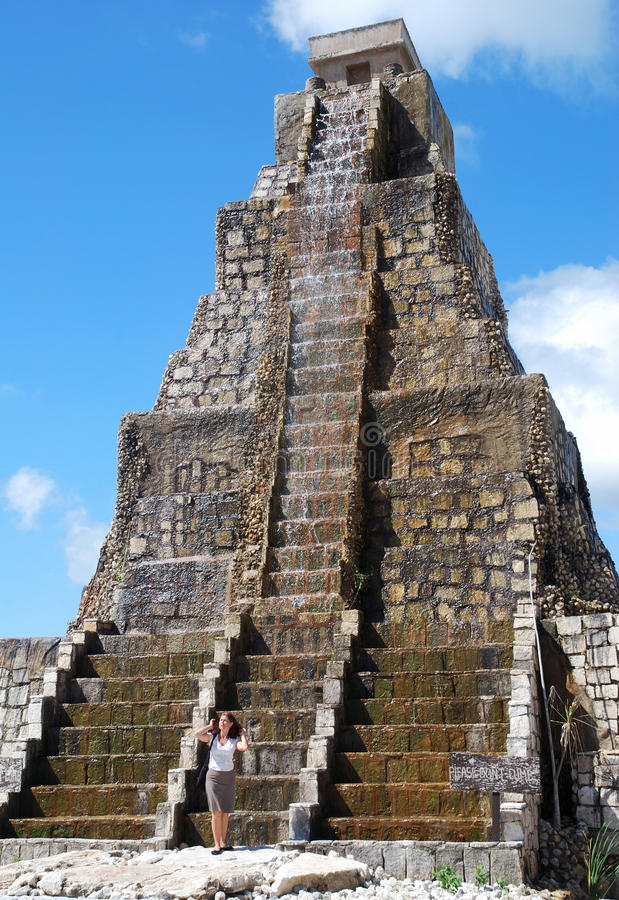 mayan ύφος πηγών στοκ φωτογραφία