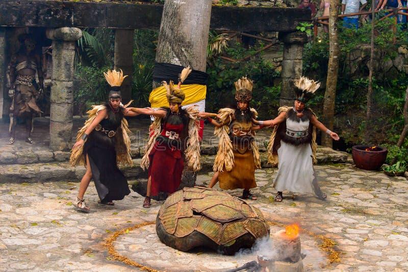 Mayan folk i Mexico royaltyfri fotografi