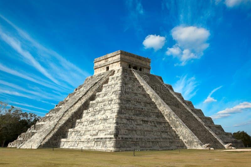Mayan piramide in chichen-Itza, Mexico stock afbeeldingen
