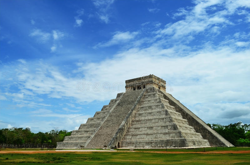 Mayan pyramid of Kukulkan in Mexico royalty free stock photo