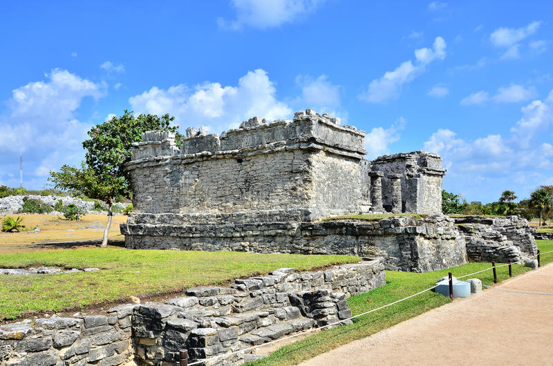 Download Mayan ruins - Tulum stock photo. Image of mayan, archaeological - 20000532