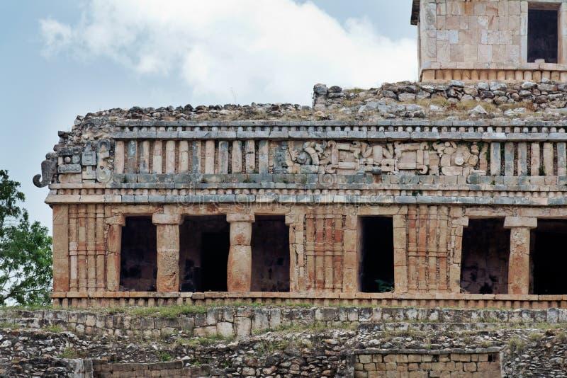 Mayapalast in Sayil lizenzfreie stockfotografie