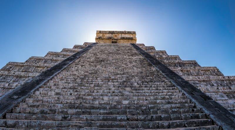 Download Mayatempelpyramide Von Kukulkan - Chichen Itza, Yucatan, Mexiko Stockbild - Bild von site, archäologie: 90234303