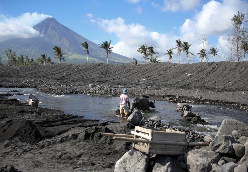 Mayon volcánico del montaje del terreno imagen de archivo