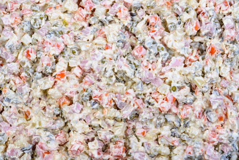 Mayonesa vegetal blanca tradicional rusa de la ensalada de Olivier fotos de archivo