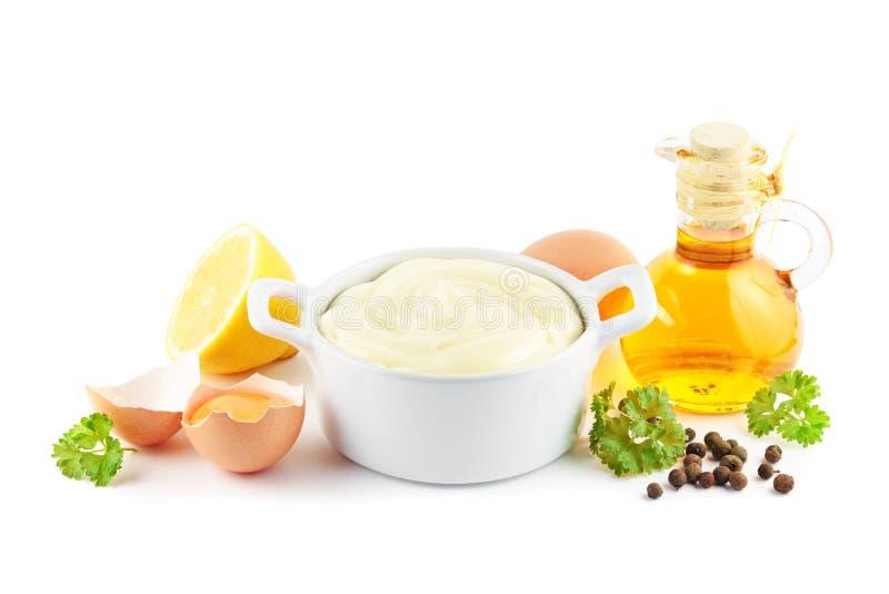 Mayonnaise med ingredienser arkivbilder