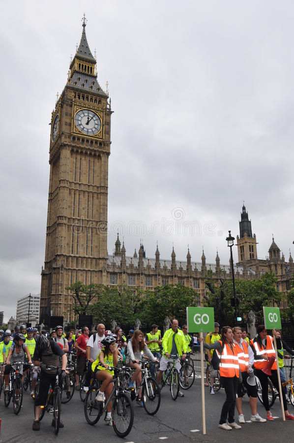 Download Mayor Of London's Skyride Cycling Event In London, England Editorial Stock Photo - Image: 36369818