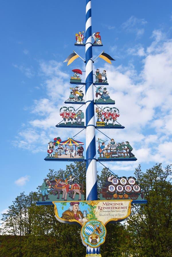 Maypole, Германия стоковые изображения