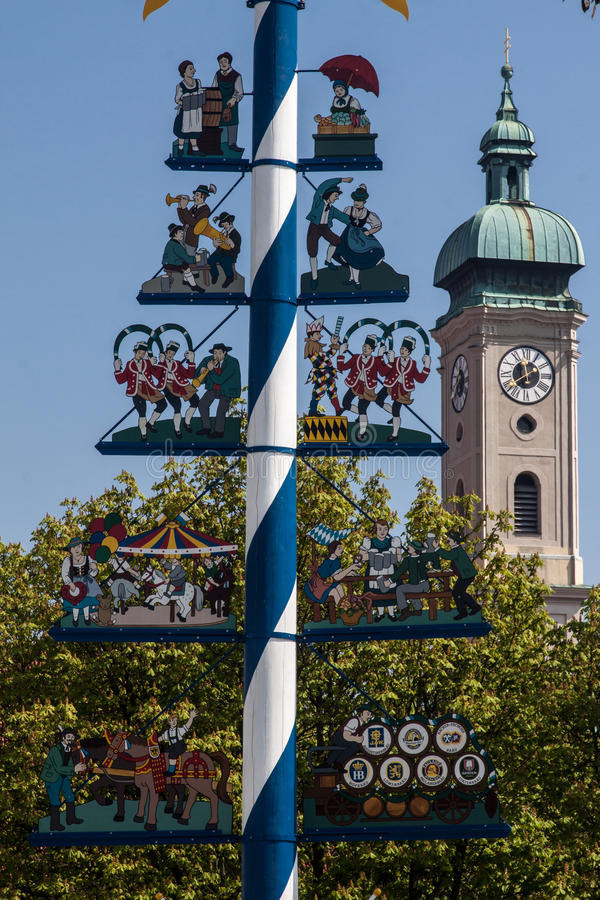 Free Maypole And Heilig Geist Church Munich Germany Royalty Free Stock Photos - 24887008