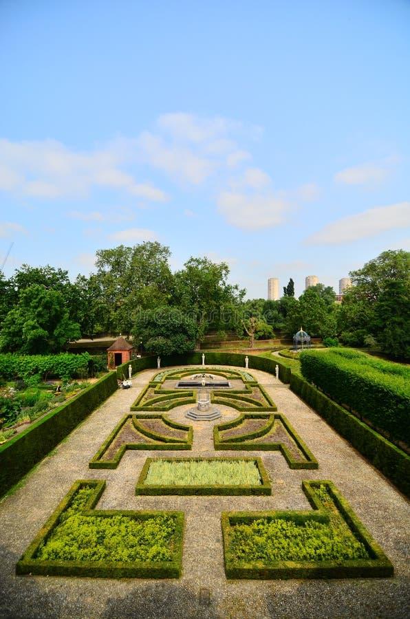 Maze Garden ai giardini botanici reali, Kew fotografie stock