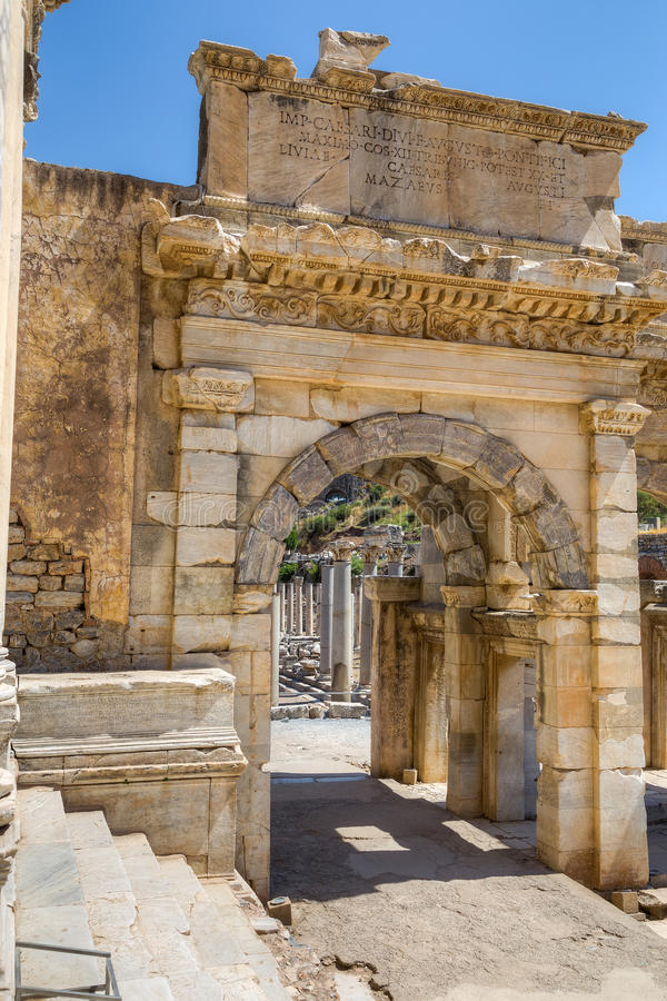 Mazeus en Mithridates-Poort, Ephesus, Turkije royalty-vrije stock afbeelding