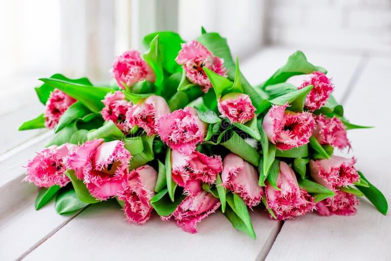 Mazzo con i tulipani immagini stock libere da diritti