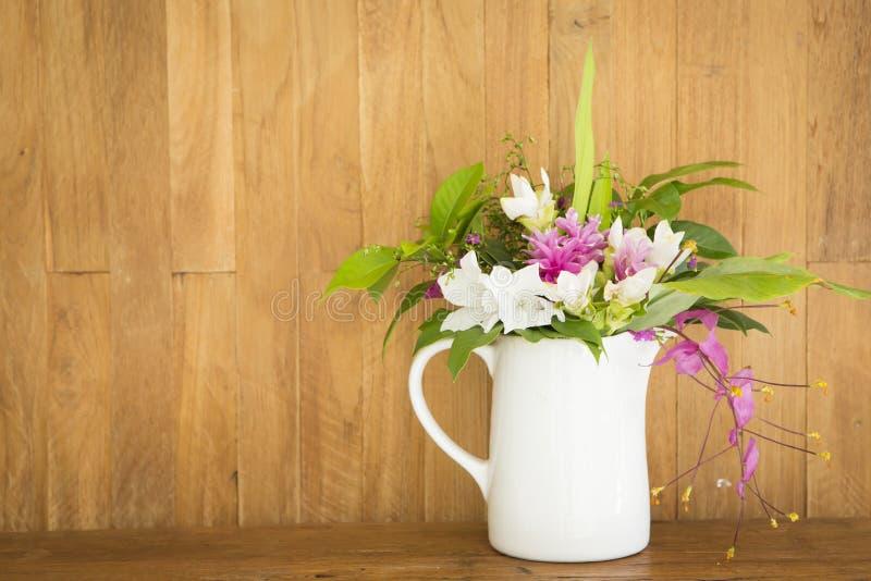Mazzo del fiore fotografie stock libere da diritti