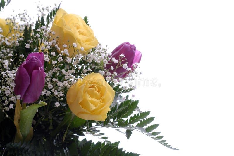 Mazzo del fiore sulla zona bianca immagini stock libere da diritti