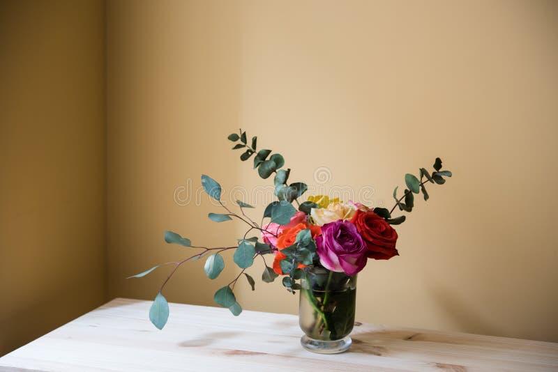 Mazzo delle rose variopinte immagine stock libera da diritti