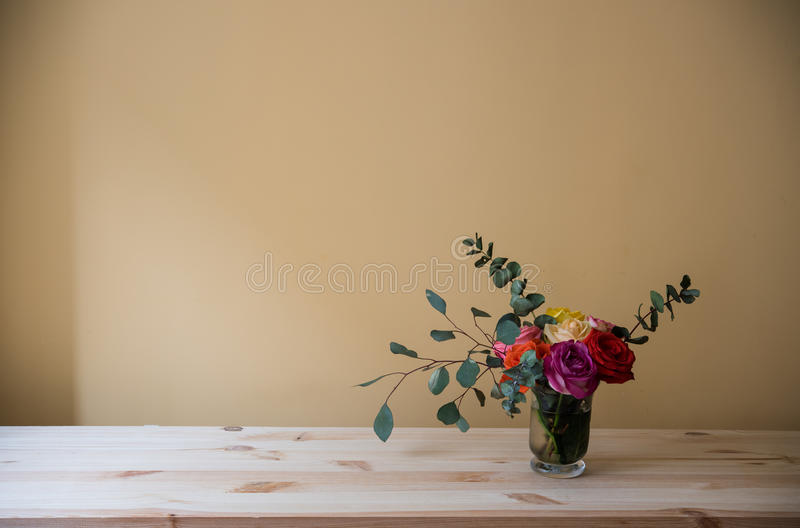 Mazzo delle rose variopinte fotografia stock