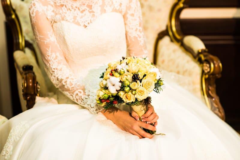Download Mazzo di cerimonia nuziale immagine stock. Immagine di bello - 56891925