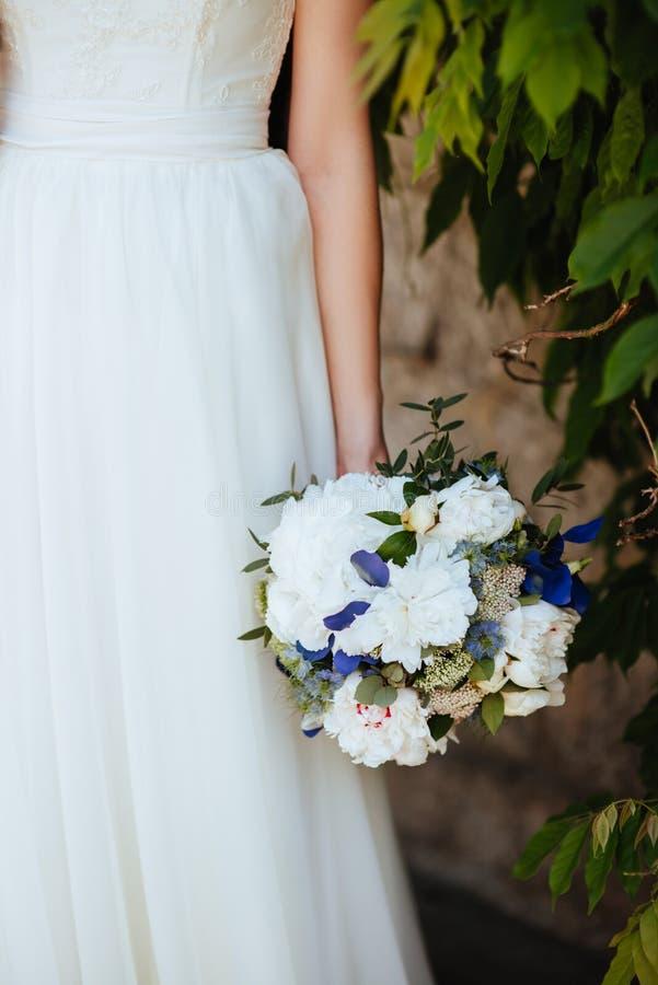 Mazzo di nozze della sposa immagini stock