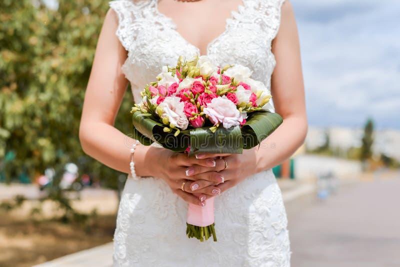 Mazzo di nozze della sposa immagine stock libera da diritti