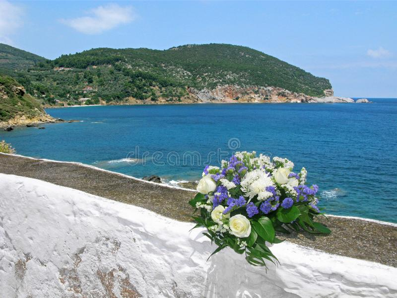 Mazzo di nozze, mare, Grecia, Skopelos fotografie stock