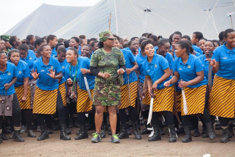 Mbabane, Suazil?ndia, cerim?nia de Umhlanga Reed Dance, rito nacional tradicional anual, uma de uma celebra??o de oito dias fotografia de stock