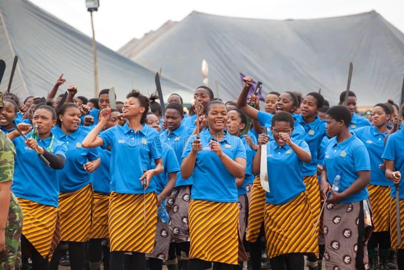 Mbabane, Swazilandia, ceremonia de Umhlanga Reed Dance, rito nacional tradicional anual, uno de la celebraci?n de ocho d?as imágenes de archivo libres de regalías