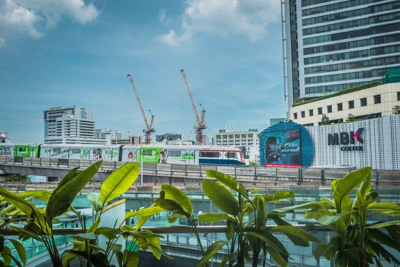 MBK centreert, ook gekend als Mahboonkrong, is een groot winkelcomplex in Bangkok, Thailand royalty-vrije stock fotografie