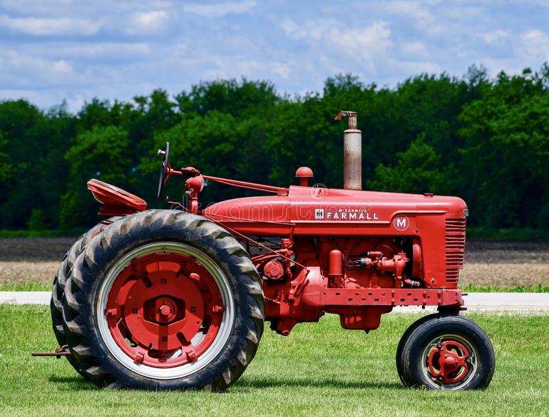 Farmall Tractor Stock Images - Download 369 Royalty Free Photos
