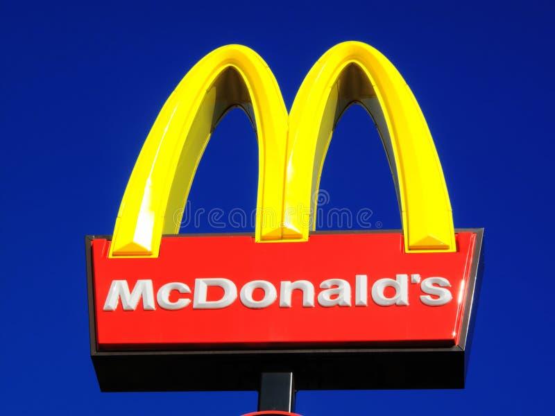 McDonald's assina